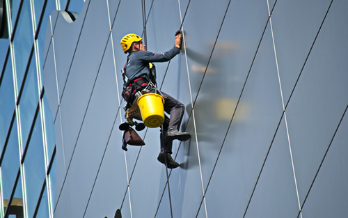 Magasban végzett munka - ipari alpinista